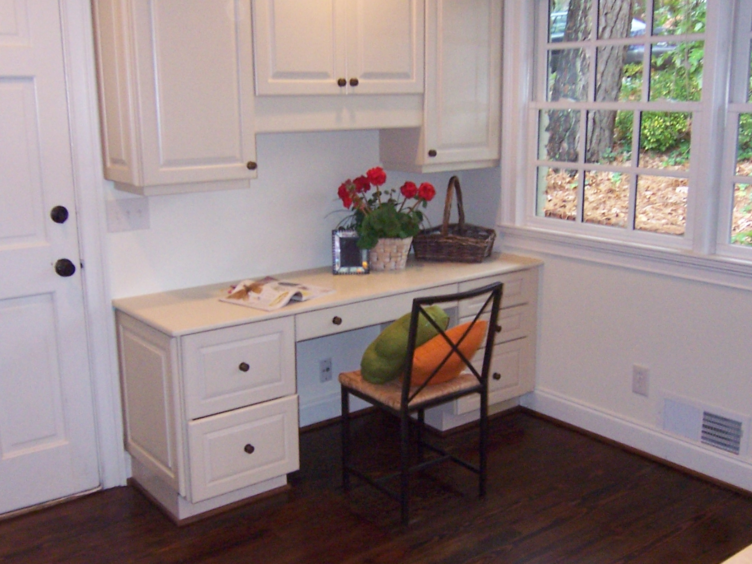 Chastain-Park-Kitchen-Desk-Buckhead-Paces-Construction-Atlanta