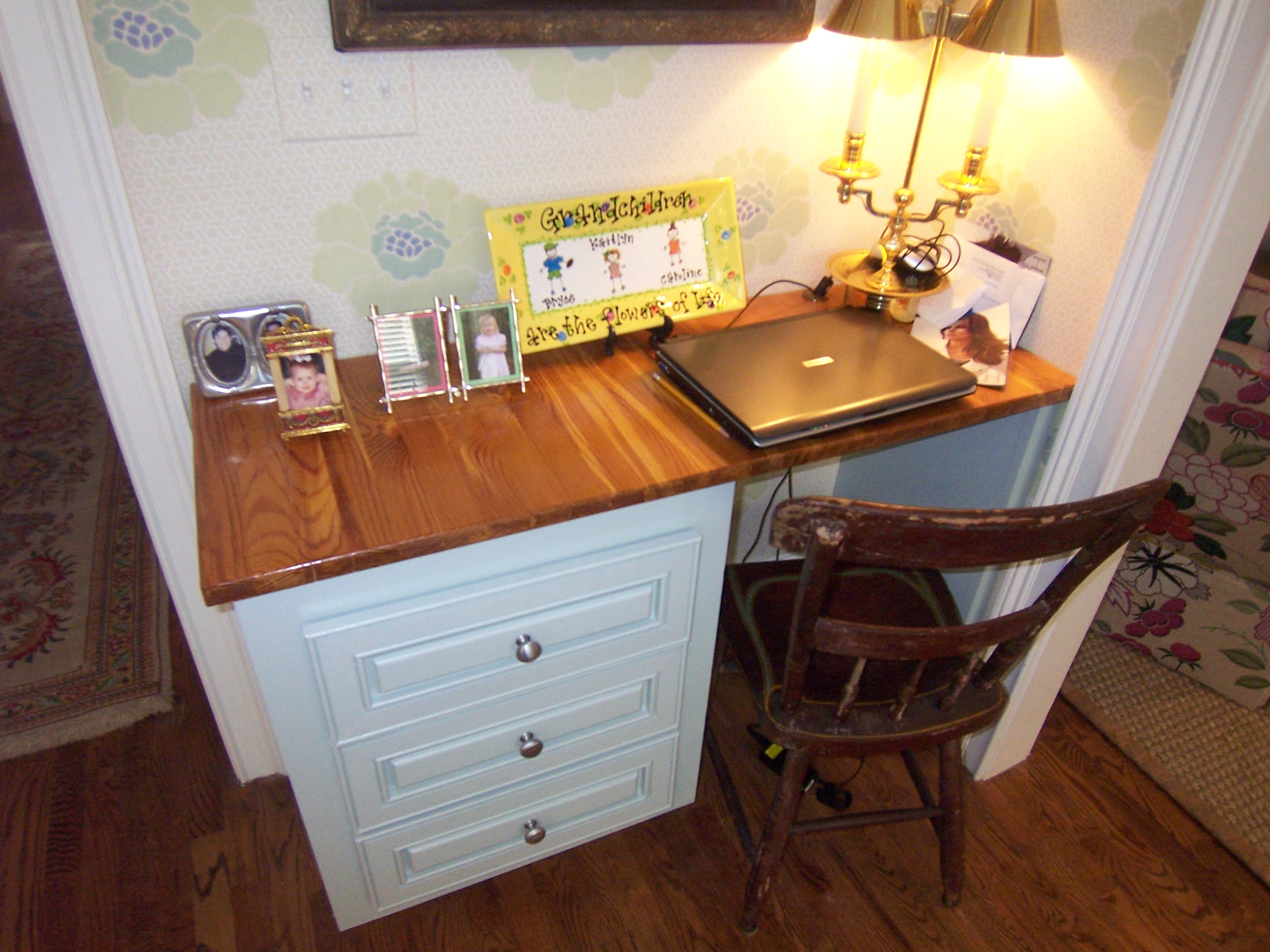 Custom-Kitchen-Desk-Antique-Pine-Buckhead-Paces-Construction-Atlanta
