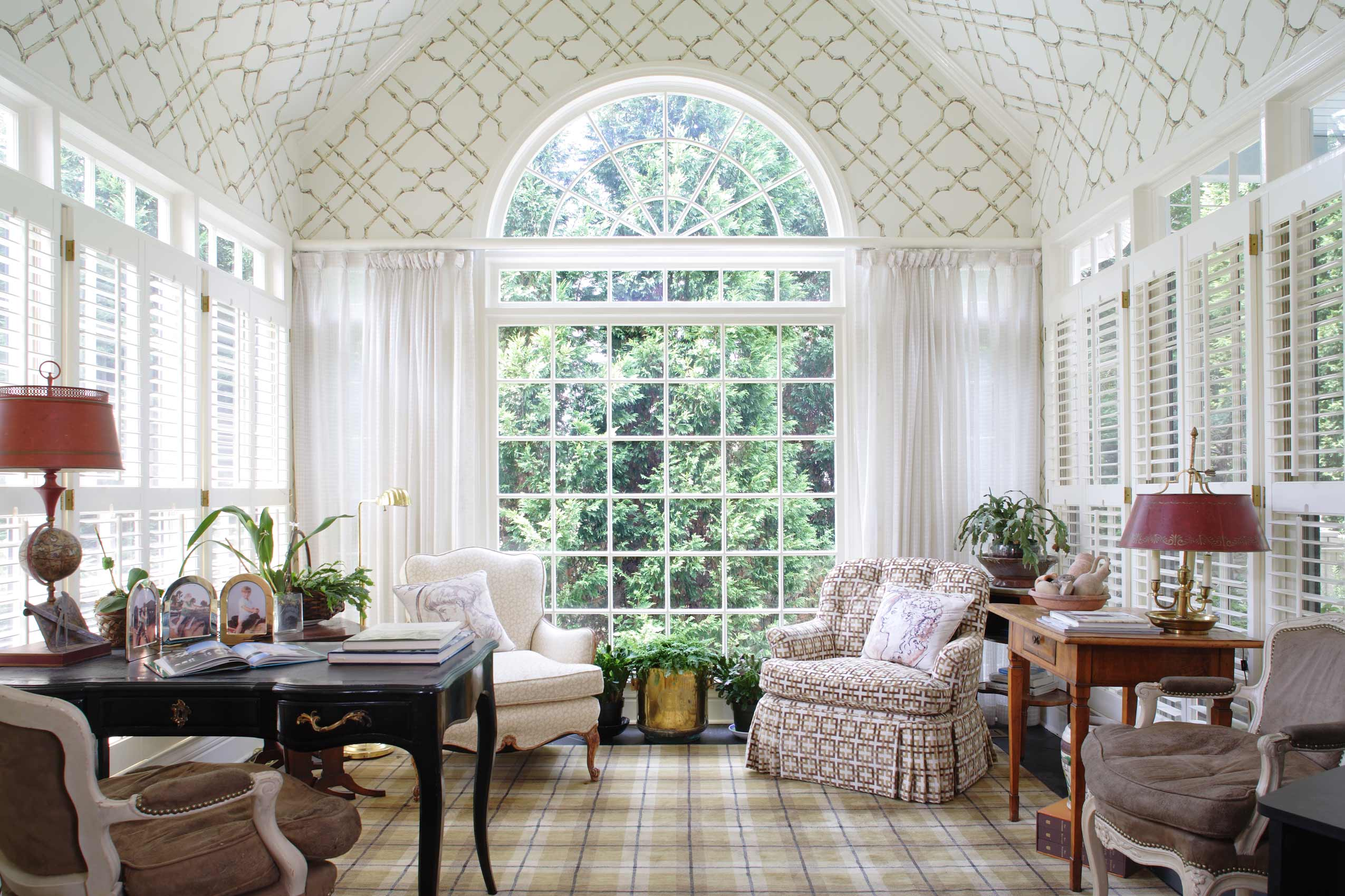 Buckhead-Sunroom-Wallpapered-Ceiling-Paces-Construction-Atlanta