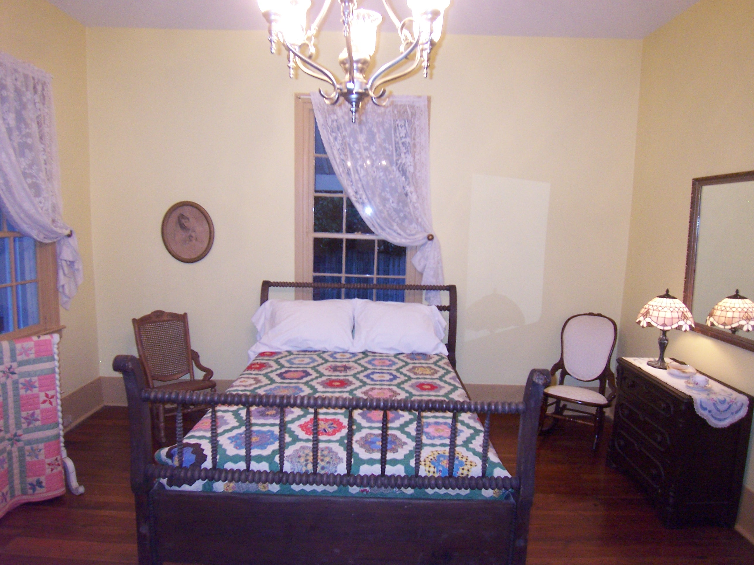 Vinings-Historic-Pace-House-Bedroom-Renovation-Paces-Construction